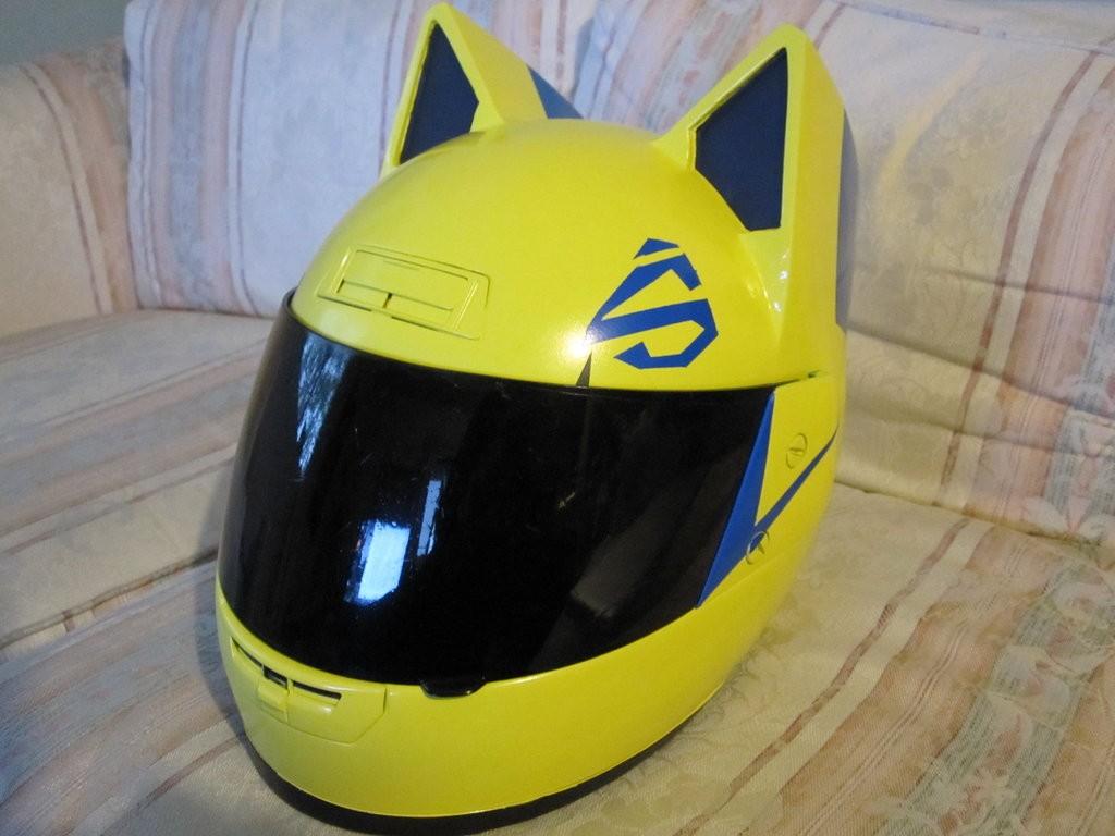 I can haz helmet?