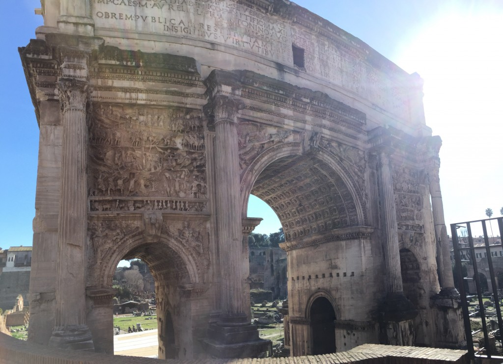 An arch celebrating some triumphal ruling general or other. Yes, yes, we get it, you were really important. Geez, what a show off.