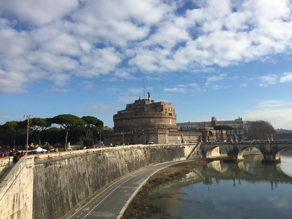 The Castel Sant'Angelo, once a fort, now a museum, and from the beginning a mausoleum. Had I known that the Emperor Hadrian's ashes were there, I might have thrown over the 7 Hills to go there that day.
